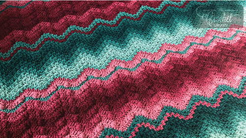 Two-Tone Wave Crochet Blanket Pattern