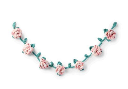 Dainty Rose Crochet Garland Pattern