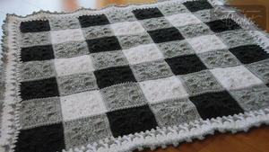 Checkerboard Crochet Baby Blanket Pattern
