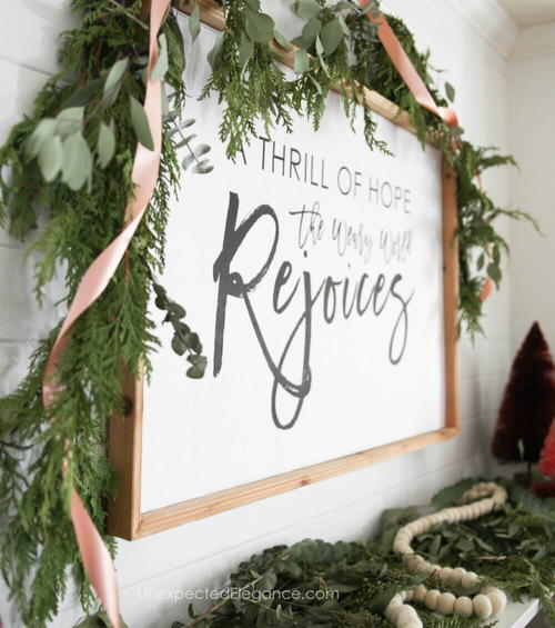 Easy DIY Holiday Sign