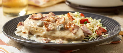 Skillet Chicken with White Wine Sauce and Bacon