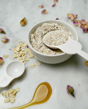 Soothing DIY Oatmeal Face Mask