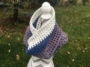 Bulky Crochet Infinity Scarf for Beginners