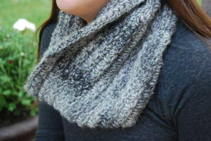 Cozy Winter Crochet Cowl