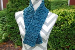 Short Crochet Scarf Pattern for Beginners