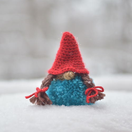 Mini Pom-Pom Crochet Gnome Pattern