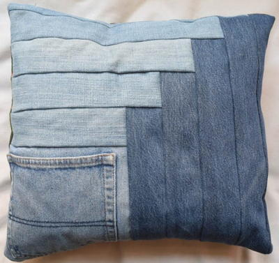 DIY Denim Log Cabin Pocket Pillows