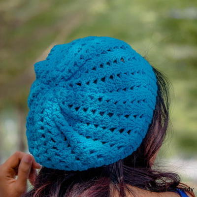 Simple Shell Stitches Slouchy Hat