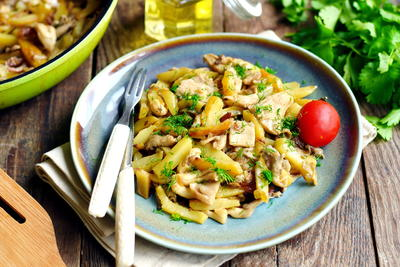 Russian Pan-Fried Potatoes with Mushrooms