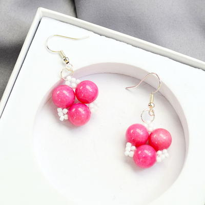 Beebeecraft Tutorials on Making a Pair of Sweet Earrings