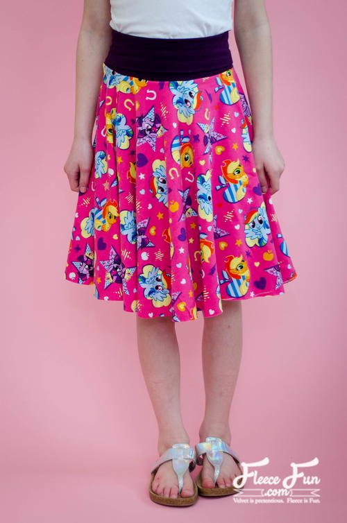 Easy Circle Skirt ( No Math Needed!)