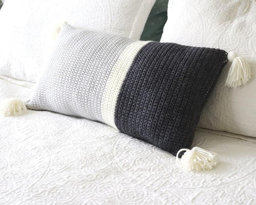 Simple Geometric Crochet Throw Pillow