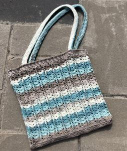 Modern Blue Crochet Bag Pattern