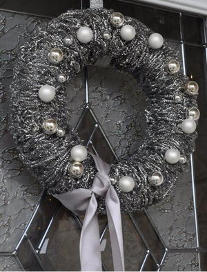 Silver Scrubber Wreath