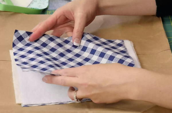 Example of how to create a fabric sandwich.