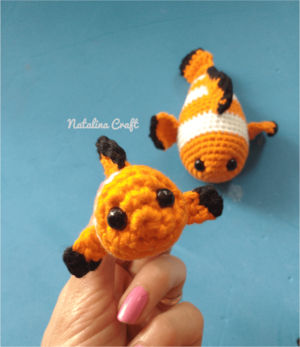 Small Clownfish Amigurumi