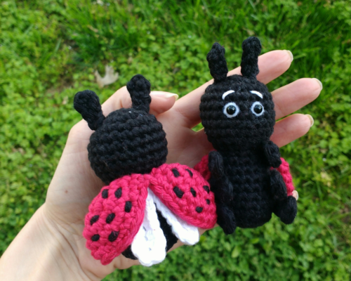 Amigurumi LadyBug Crochet Pattern » Amigurumi Crochet Patterns By ... | 400x500