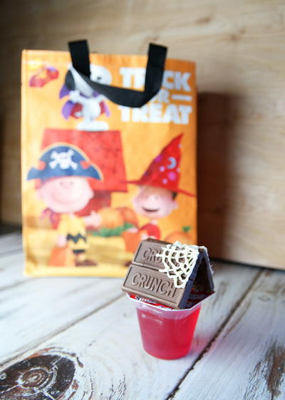 Easy Charlie Brown Halloween Treats