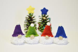 Puffball Gnome Crochet Ornament Pattern