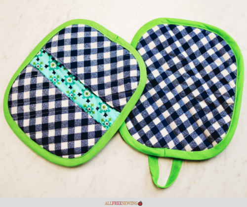 How to Make a Quilted Potholder Video