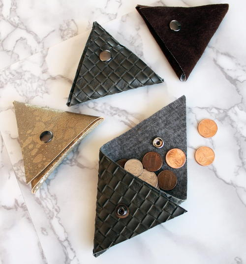 No-Sew Triangle Coin Purse Pattern