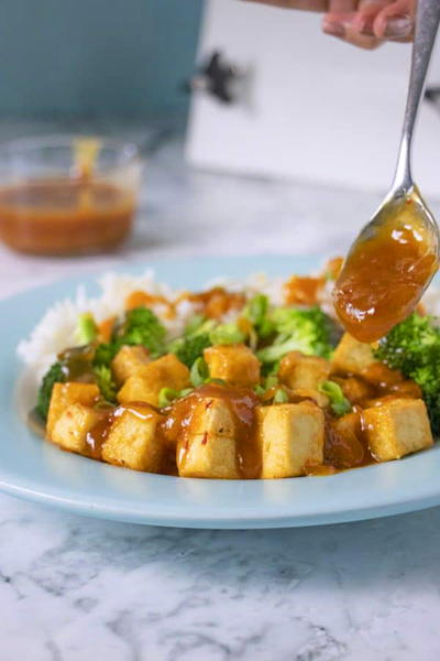 Easy General Tsos Tofu