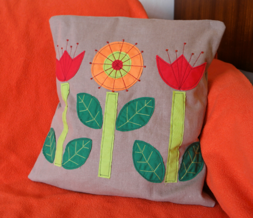 Scandinavian Flowers Throw Pillow Pattern