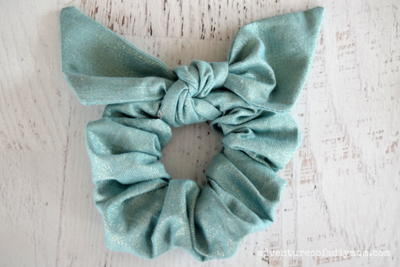 Easy DIY Scrunchies with Bows