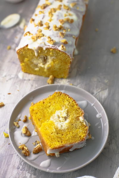 Bakery Style Pumpkin Bread with Cream Cheese Filling