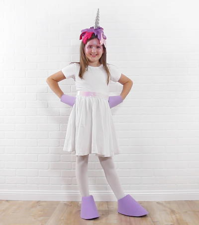 Easy No Sew Unicorn Costume Using VELCRO Brand Sticky Back for Fabrics