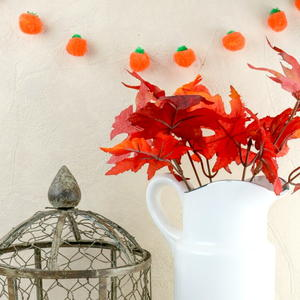 Pumpkin Pom Pom Garland Tutorial
