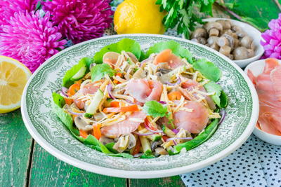 Italian Salad with Smoked Salmon