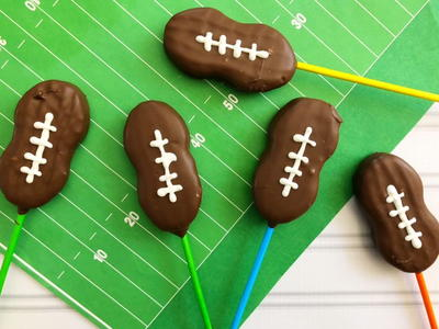 Football Cookie Pops