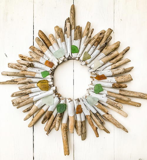 Winter Driftwood Wreath