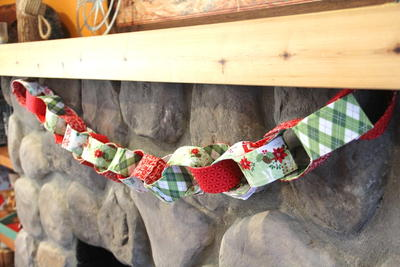 Fabric Chain Link Garland