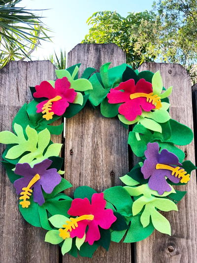 TROPICAL HIBISCUS FELT WREATH