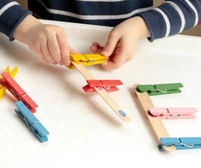 Popsicle Stick Fine Motor Color Match Game