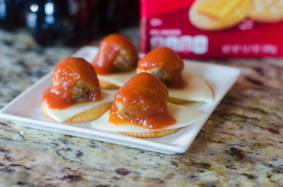 Italian Meatball Slider Crackers