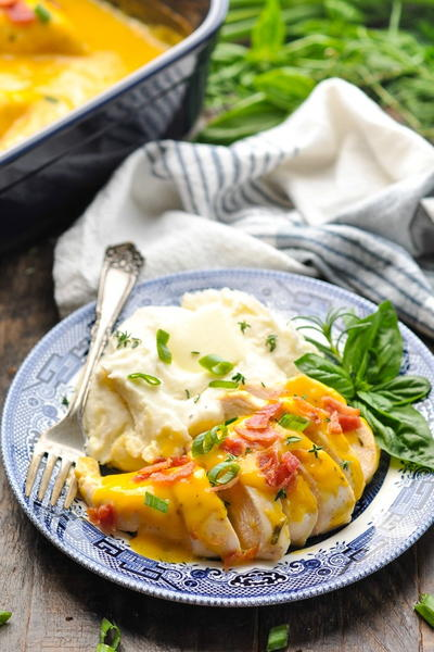 Slow Cooker Ranch Chicken with Bacon