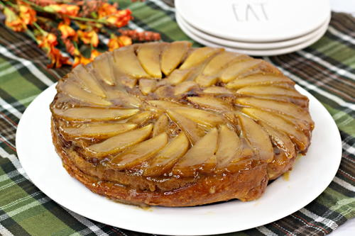 Cinnamon Roll Apple Upside Down Cake