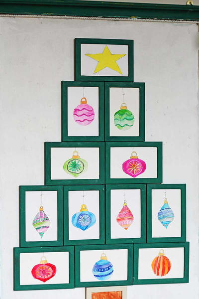 Flat Christmas Tree Wall Art