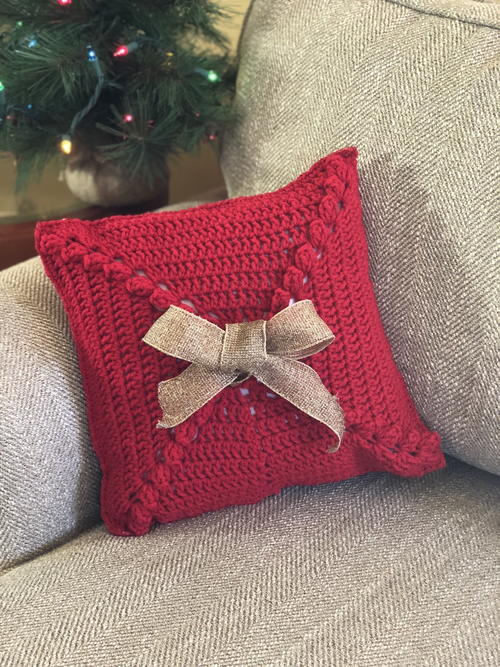 Crochet Christmas Pillow Pattern - Tis the Season