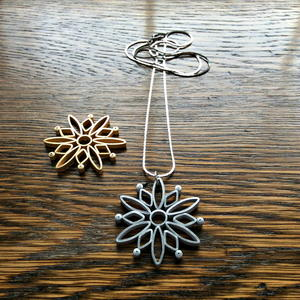 Modern Quilled Snowflake Necklace