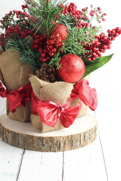 Recycled Christmas centerpieces