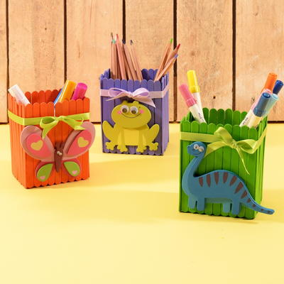 Cheerful Pen Holders Made out of Lolly Sticks