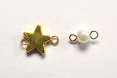 Beebeecraft Tutorials on How to Make Chain Bracelet with Star Pendants and Pearl Beads
