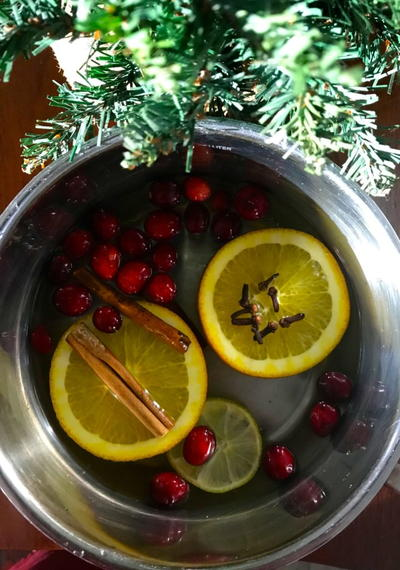 How To Make Your Own Potpourri For The Holidays