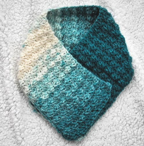 One Skein Crochet Ombre Scarf Pattern