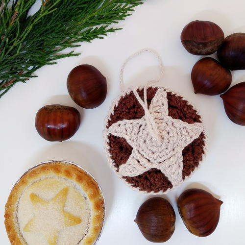 Crochet Mince Pie Christmas Bauble