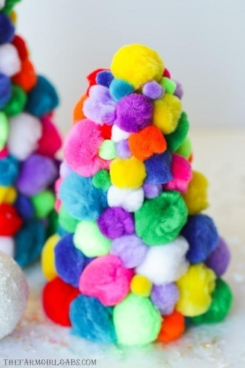Diy Pom Pom Christmas Trees
